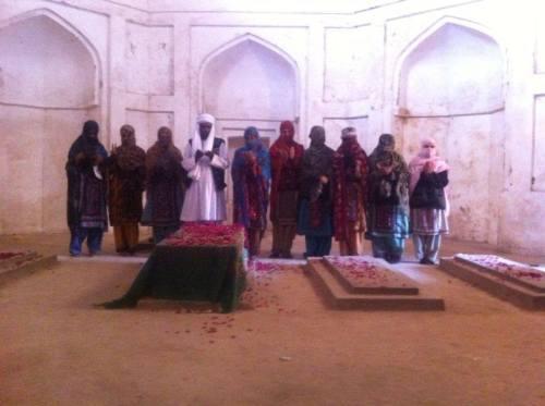 vbmplongmarch-chakar-e-azam-tomb