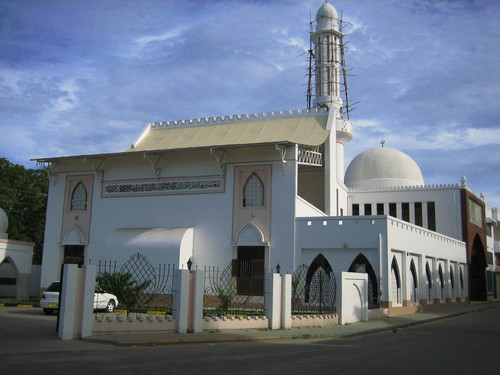 The Baluchi Mosque in Mombasa as it stands today after its second renovation in 2005. The road in the picture is Baluchi Street