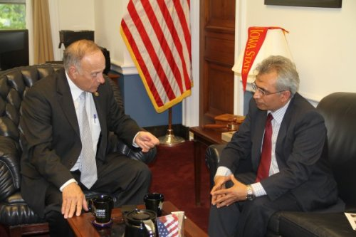 Mr. Nasser Boladai discusses Balochistan with Congressman Steve King